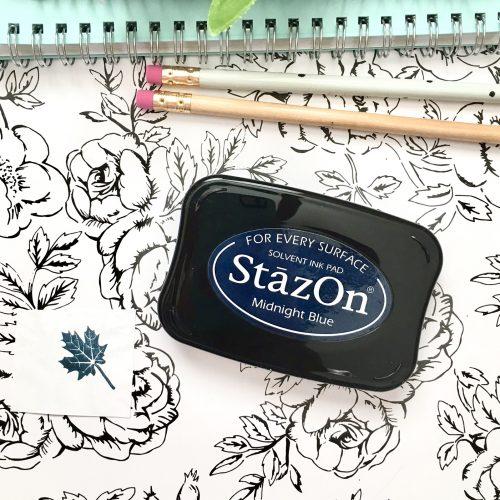 StazOn Ink pad in Midnight (Navy)